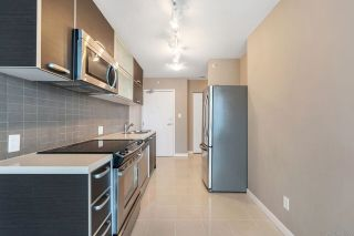"""Photo 8: 2701 9981 WHALLEY Boulevard in Surrey: Whalley Condo for sale in """"PARK PLACE ii"""" (North Surrey)  : MLS®# R2608443"""