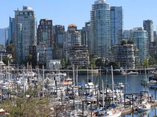 """Photo 1: 204 1490 PENNYFARTHING Drive in Vancouver: False Creek Condo for sale in """"HARBOUR COVE"""" (Vancouver West)  : MLS®# V872737"""