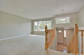 Photo 4: 150 Willoughby Crescent in Saskatoon: Wildwood Residential for sale : MLS®# SK863866