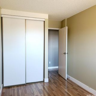 Photo 3: 301 802B Kingsmere Boulevard in Saskatoon: Lakeview SA Residential for sale : MLS®# SK869654