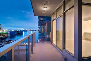 """Photo 39: 602 175 VICTORY SHIP Way in North Vancouver: Lower Lonsdale Condo for sale in """"CASCADE AT THE PIER"""" : MLS®# R2498097"""