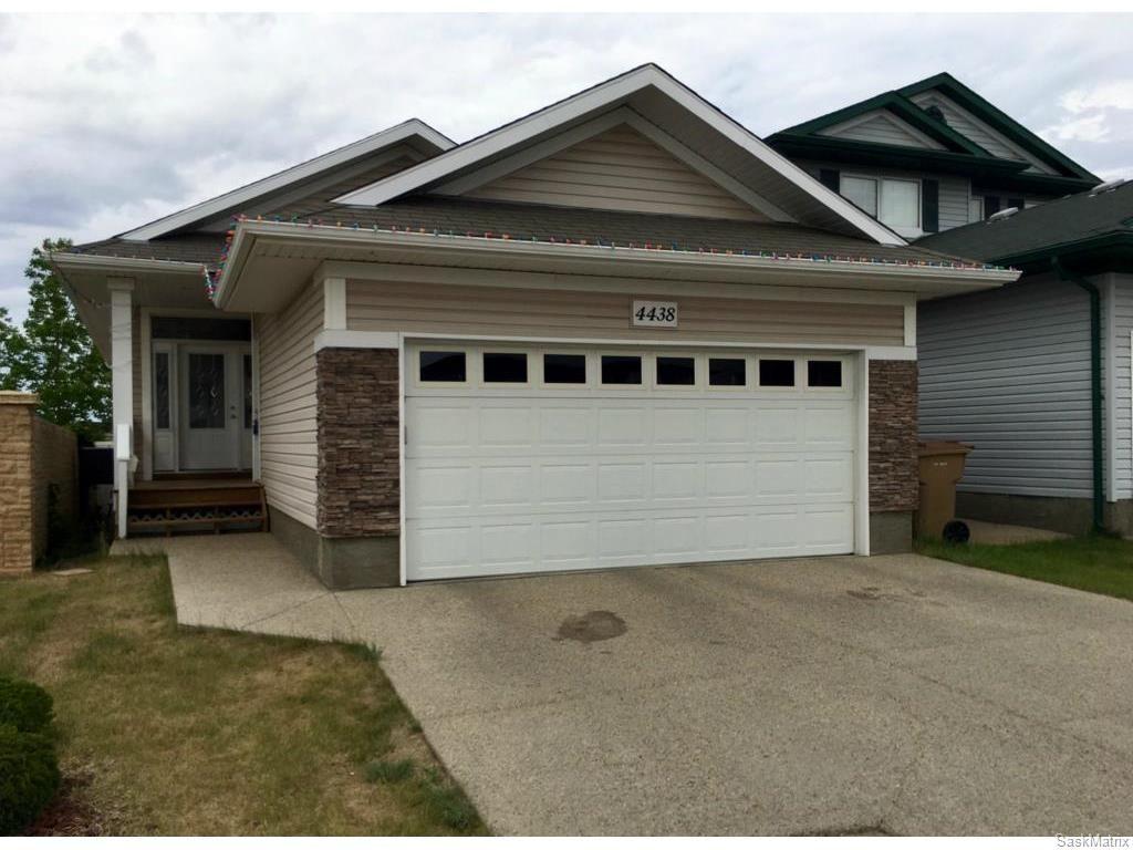Main Photo: 4438 MEADOWSWEET Lane in Regina: Lakeridge RG Residential for sale : MLS®# SK612511