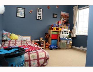 Photo 7: 3 5053 47TH Avenue in Ladner: Ladner Elementary Townhouse for sale : MLS®# V798564