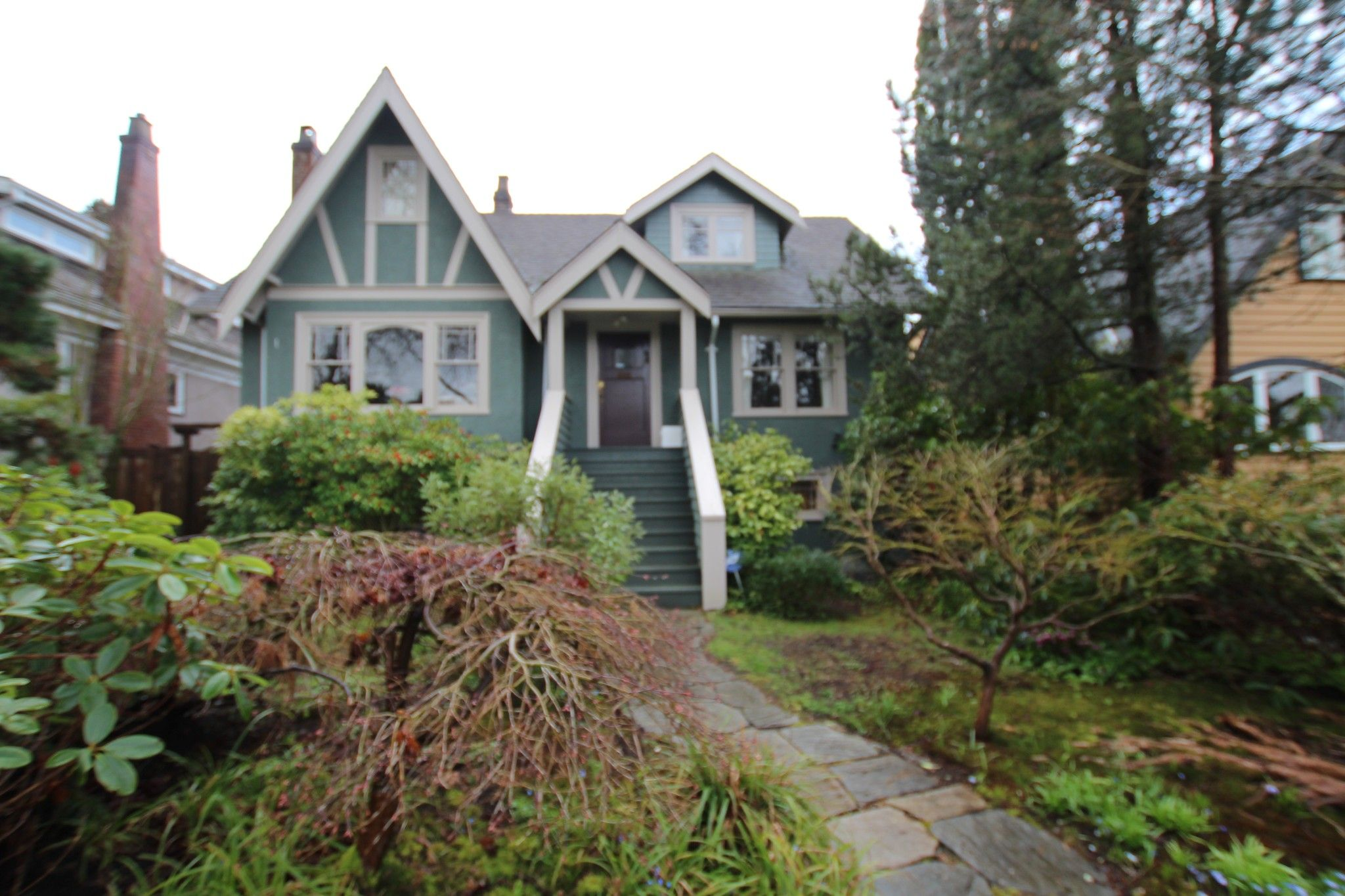 Main Photo:  in : Dunbar House for rent (Vancouver West)  : MLS®# AR068