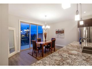 Photo 8: 114 1177 Deerview Pl in VICTORIA: La Bear Mountain House for sale (Langford)  : MLS®# 684098