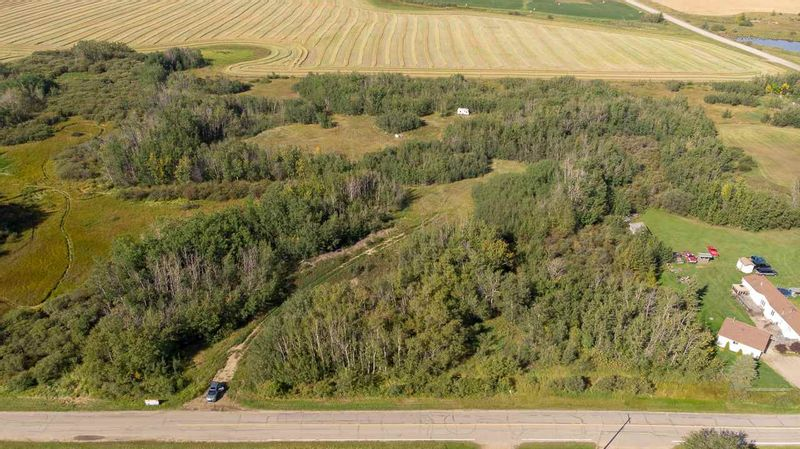 FEATURED LISTING: 55328 RRG 265 Rural Sturgeon County