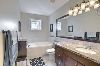 Photo 17: 722 53 Avenue SW in Calgary: Windsor Park Semi Detached for sale : MLS®# A1142583