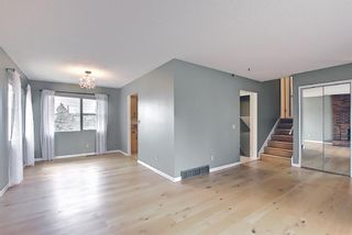 Photo 10: 227 Glamorgan Place SW in Calgary: Glamorgan Detached for sale : MLS®# A1118263