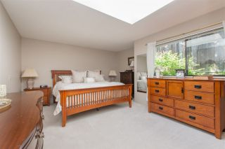 Photo 12: 4590 MAPLERIDGE Drive in North Vancouver: Canyon Heights NV House for sale : MLS®# R2066673