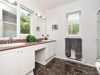 Photo 9: 2322 Evelyn Hts in VICTORIA: VR Hospital House for sale (View Royal)  : MLS®# 703774