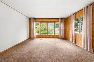 Photo 5: 2095 Pemberton Pl in : CV Comox (Town of) Manufactured Home for sale (Comox Valley)  : MLS®# 879116