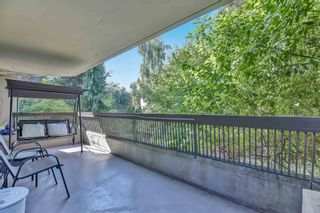 """Photo 5: 212 5932 PATTERSON Avenue in Burnaby: Metrotown Condo for sale in """"Parkcrest"""" (Burnaby South)  : MLS®# R2609182"""