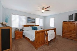 Photo 3: 86 Babcock Crest in Milton: Dempsey House (2-Storey) for sale : MLS®# W3272427