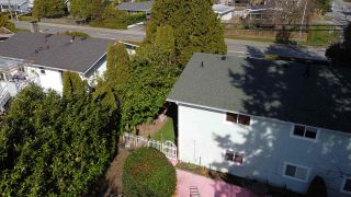 Photo 29: 14504 NORTH BLUFF ROAD: White Rock House for sale (South Surrey White Rock)  : MLS®# R2549785