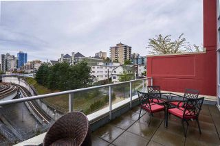 """Photo 14: 505 125 COLUMBIA Street in New Westminster: Downtown NW Condo for sale in """"NORTHBANK"""" : MLS®# R2158737"""