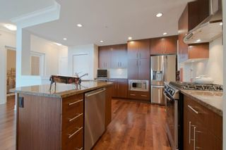 "Photo 5: 301 16477 64 Street in Surrey: Cloverdale BC Condo for sale in ""St. Andrews"" (Cloverdale)  : MLS®# R2063867"