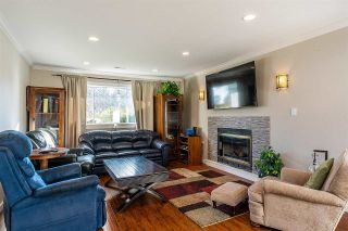 """Photo 15: 16163 8A Avenue in Surrey: King George Corridor House for sale in """"McNally Creek"""" (South Surrey White Rock)  : MLS®# R2321441"""