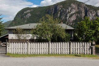 Photo 1: 38290 NORTHRIDGE Drive in Squamish: Hospital Hill House for sale : MLS®# R2285025