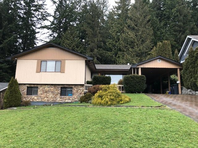 Main Photo: 912 PROSPECT Avenue in North Vancouver: Canyon Heights NV House for sale : MLS®# R2538560