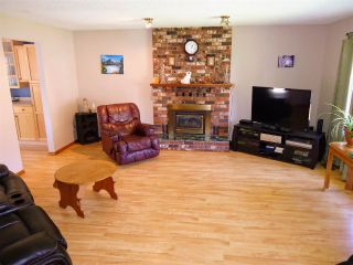 Photo 5: 4132 BAKER Road in Prince George: Charella/Starlane House for sale (PG City South (Zone 74))  : MLS®# R2369031