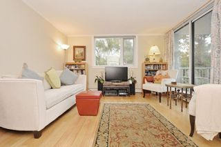 "Photo 5: 401 2165 W 40TH Avenue in Vancouver: Kerrisdale Condo for sale in ""THE VERONICA"" (Vancouver West)  : MLS®# R2117072"