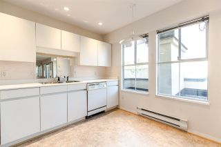 """Photo 11: PH2 611 - 611 W 13TH Avenue in Vancouver: Fairview VW Condo for sale in """"Tiffany Court"""" (Vancouver West)  : MLS®# R2311200"""