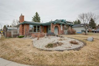 Photo 2: 107 Parkview Green SE in Calgary: Parkland Detached for sale : MLS®# A1092531