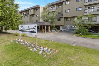 """Photo 3: 204 392 KILLOREN Crescent in Prince George: Heritage Condo for sale in """"Heritage"""" (PG City West (Zone 71))  : MLS®# R2568224"""