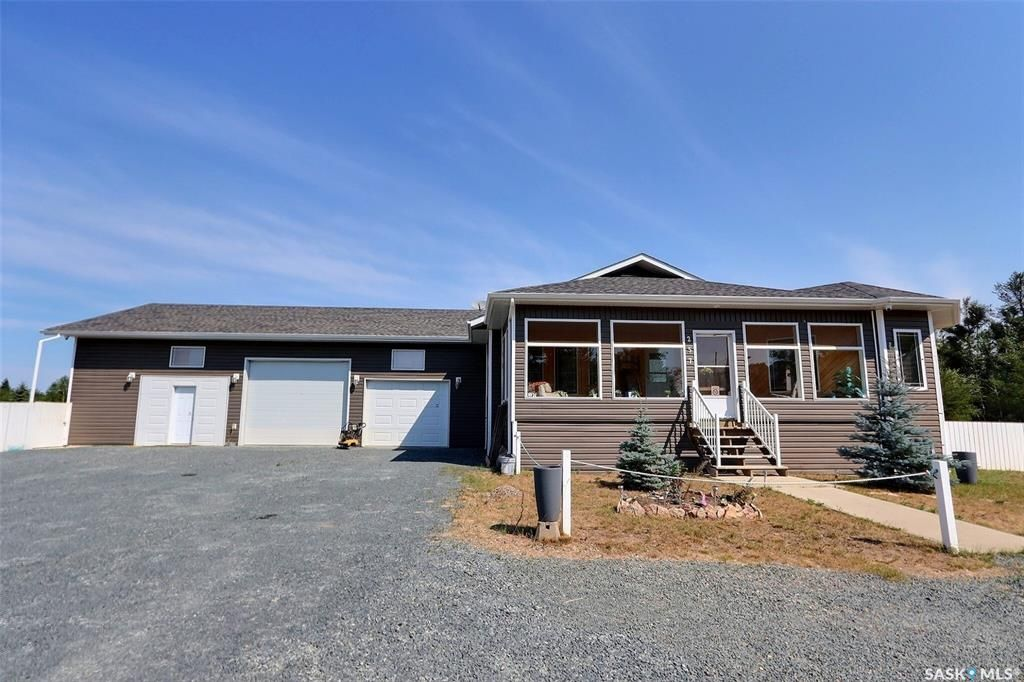 Main Photo: 257 Pine Street in Buckland: Residential for sale (Buckland Rm No. 491)  : MLS®# SK865045
