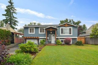 Photo 1: 26673 32A Avenue: House for sale in Langley: MLS®# R2592600