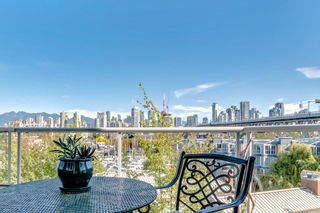 "Photo 2: 505 1508 MARINER Walk in Vancouver: False Creek Condo for sale in ""MARINER POINT"" (Vancouver West)  : MLS®# R2212186"