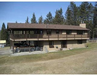 Photo 1: 730 ROBERTS Drive in Williams Lake: Esler/Dog Creek House for sale (Williams Lake (Zone 27))  : MLS®# N228034