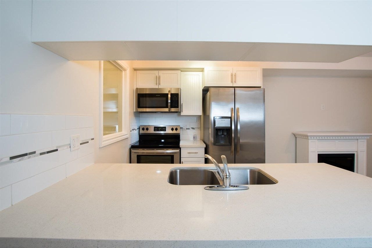 """Photo 3: Photos: 109 5650 201A Street in Langley: Langley City Condo for sale in """"PADDINGTON STATION"""" : MLS®# R2549015"""
