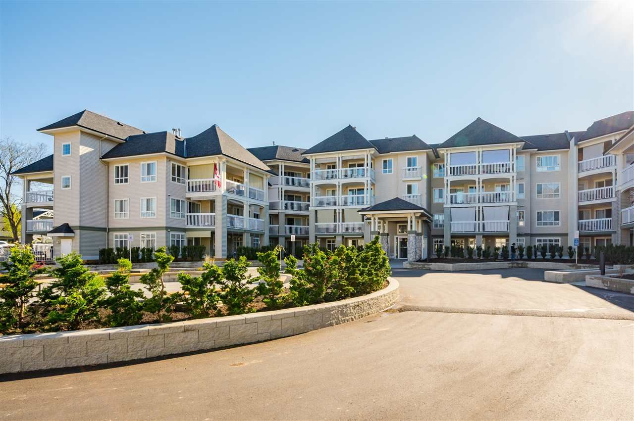 """Main Photo: 103 22022 49 Avenue in Langley: Murrayville Condo for sale in """"Murray Green"""" : MLS®# R2567688"""