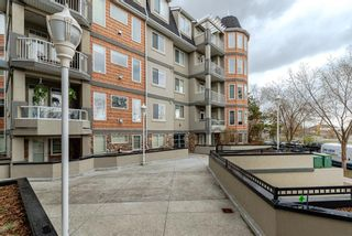 Main Photo: 409 2411 Erlton Road SW in Calgary: Erlton Apartment for sale : MLS®# A1103542