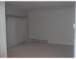 Photo 3: # 2 2118 EASTERN AV in North Vancouver: Condo for sale : MLS®# V755125