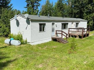 Photo 1: 3789 GLENGROVE ROAD: Barriere Manufactured Home/Prefab for sale (North East)  : MLS®# 162874