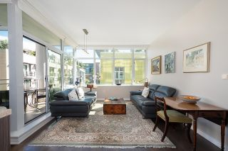 """Photo 11: 410 181 W 1ST Avenue in Vancouver: False Creek Condo for sale in """"The Brook"""" (Vancouver West)  : MLS®# R2614809"""
