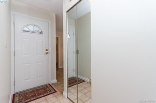 Photo 2: 14 3049 Brittany Dr in VICTORIA: Co Colwood Corners Row/Townhouse for sale (Colwood)  : MLS®# 768555