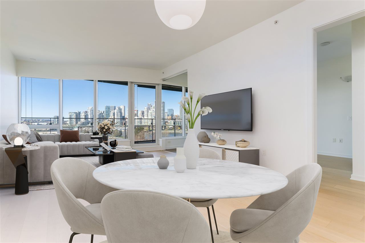 """Main Photo: 807 181 W 1ST Avenue in Vancouver: False Creek Condo for sale in """"BROOK AT THE VILLAGE"""" (Vancouver West)  : MLS®# R2567643"""