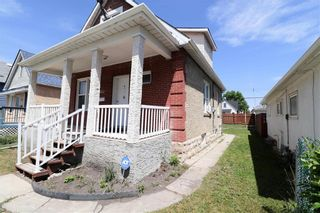 Photo 3: 933 Burrows Avenue in Winnipeg: Residential for sale (4B)  : MLS®# 202113958