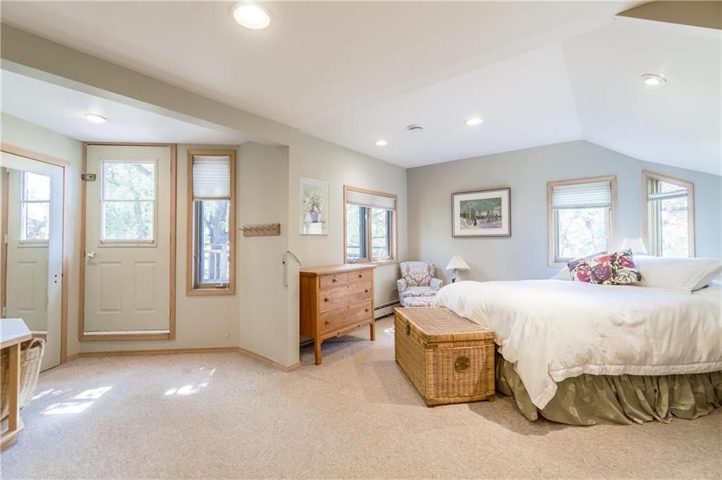 Photo 26: Photos: 906 North Drive in Winnipeg: East Fort Garry Residential for sale (1J)  : MLS®# 202116251