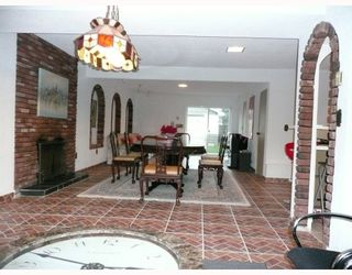 Photo 8: 8560 CANTLEY Road in Richmond: Lackner House for sale : MLS®# V690155