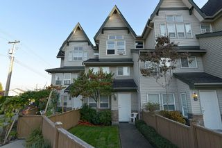 Photo 2: 2 1380 CITADEL DRIVE: Townhouse for sale : MLS®# R2004864