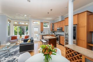 Photo 9: 3 209 Superior St in : Vi James Bay Row/Townhouse for sale (Victoria)  : MLS®# 877635