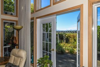 Photo 14: 1003 Kingsley Cres in : CV Comox (Town of) House for sale (Comox Valley)  : MLS®# 886032