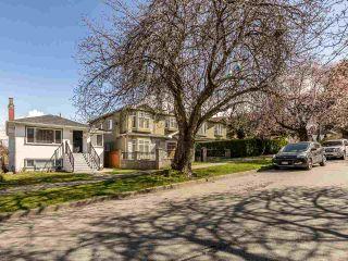 Photo 2: 1036 NOOTKA Street in Vancouver: Renfrew VE House for sale (Vancouver East)  : MLS®# R2560660