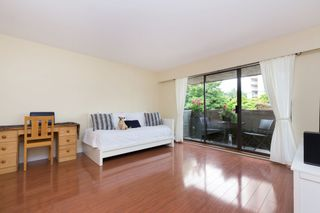 """Photo 2: 214 436 SEVENTH Street in New Westminster: Uptown NW Condo for sale in """"Regency Court"""" : MLS®# R2289839"""
