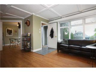 "Photo 3: 532 E 5TH Street in North Vancouver: Lower Lonsdale House for sale in ""LOWER LONSDALE"" : MLS®# V1030310"