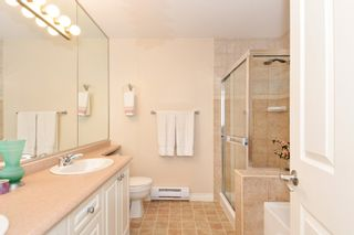 """Photo 16: 37 16760 61 Avenue in Surrey: Cloverdale BC Townhouse for sale in """"HARVEST LANDING"""" (Cloverdale)  : MLS®# R2282376"""
